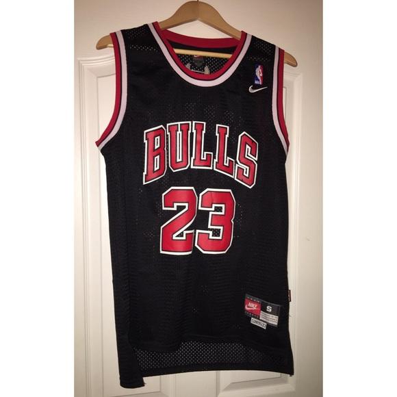 outlet store e3f05 a262f Black Nike Bulls Michael Jordan Jersey size small